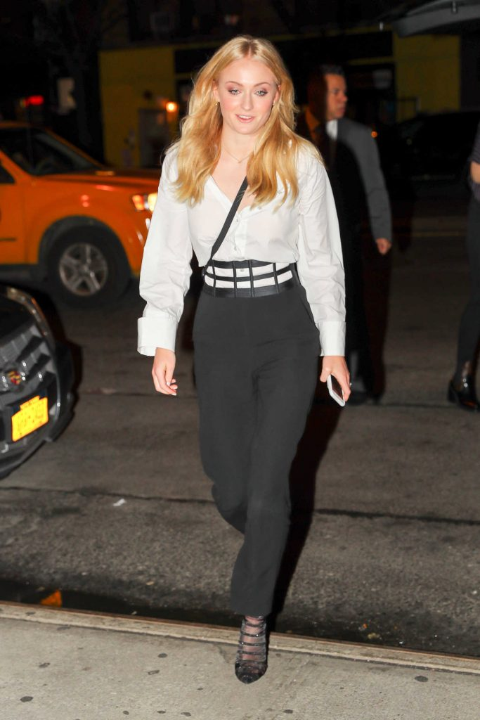 Sophie Turner Wears a Black and White Out in NYC-3