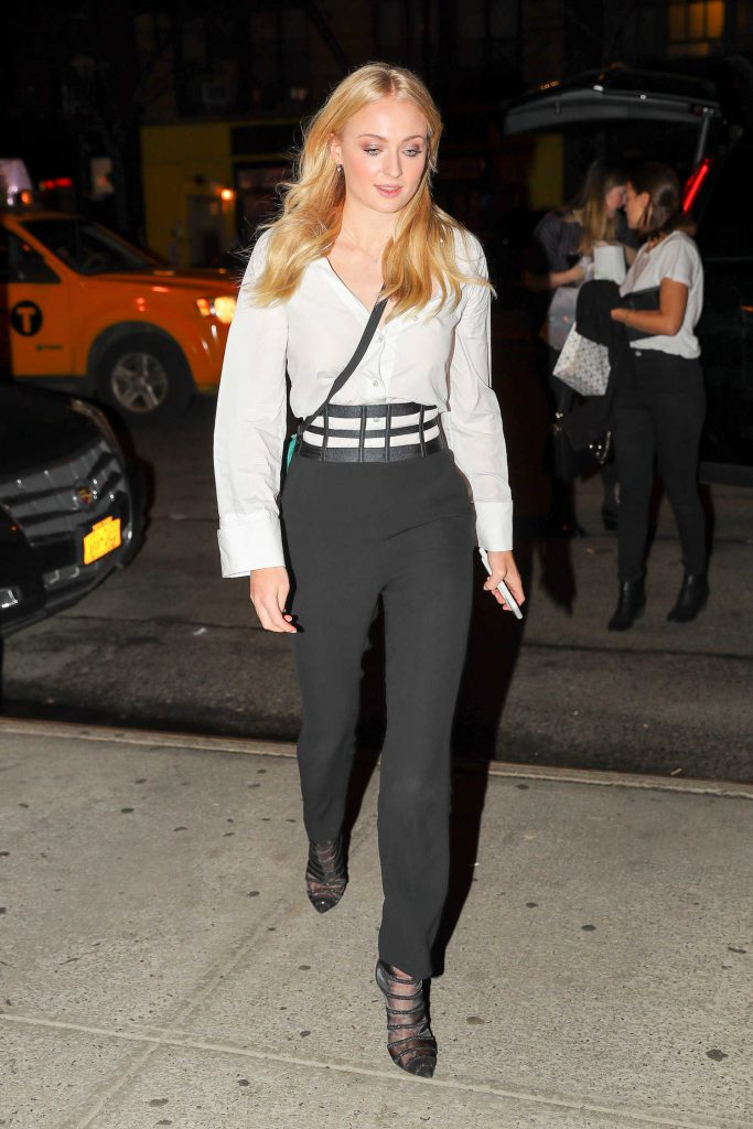 Sophie Turner Wears a Black and White Out in NYC-4