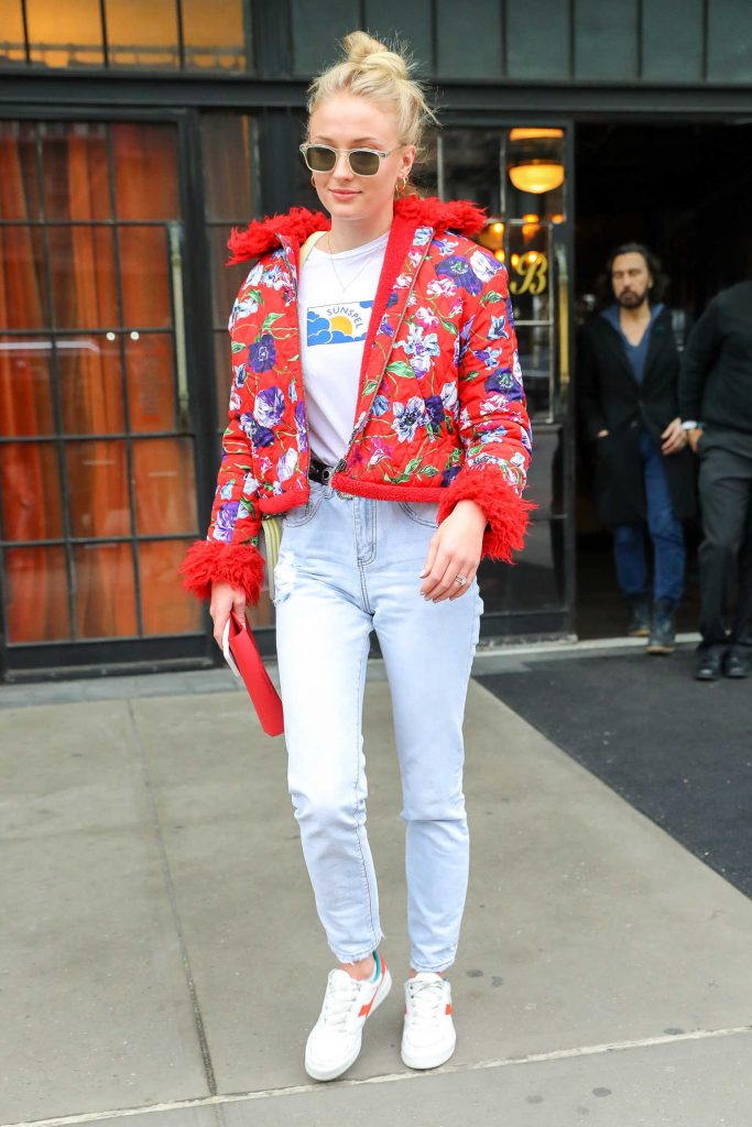 Sophie Turner Wears a Red Flowered Jacket as She Leaves Her Hotel in New York City-1