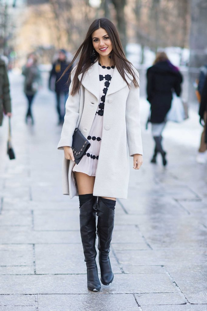 Victoria Justice Was Seen Out in Midtown New York City-1