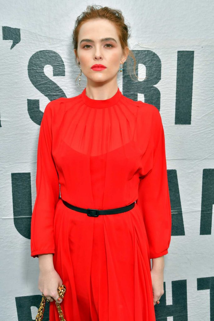 Zoey Deutch Attends the Christian Dior Show During Paris Fashion Week in Paris-2