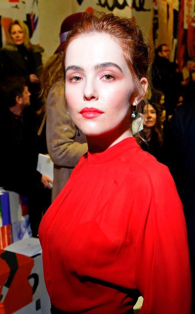 Zoey Deutch Attends the Christian Dior Show During Paris Fashion Week in Paris-5