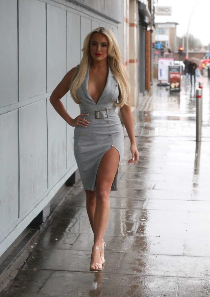Amber Turner Arrives at Faces Nightclub in Ilford-2