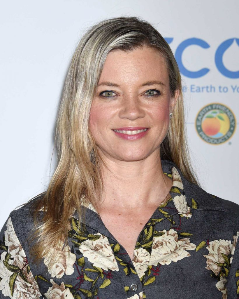 Amy Smart at the 15th Annual Global Green Pre-Oscar Gala in Los Angeles-5