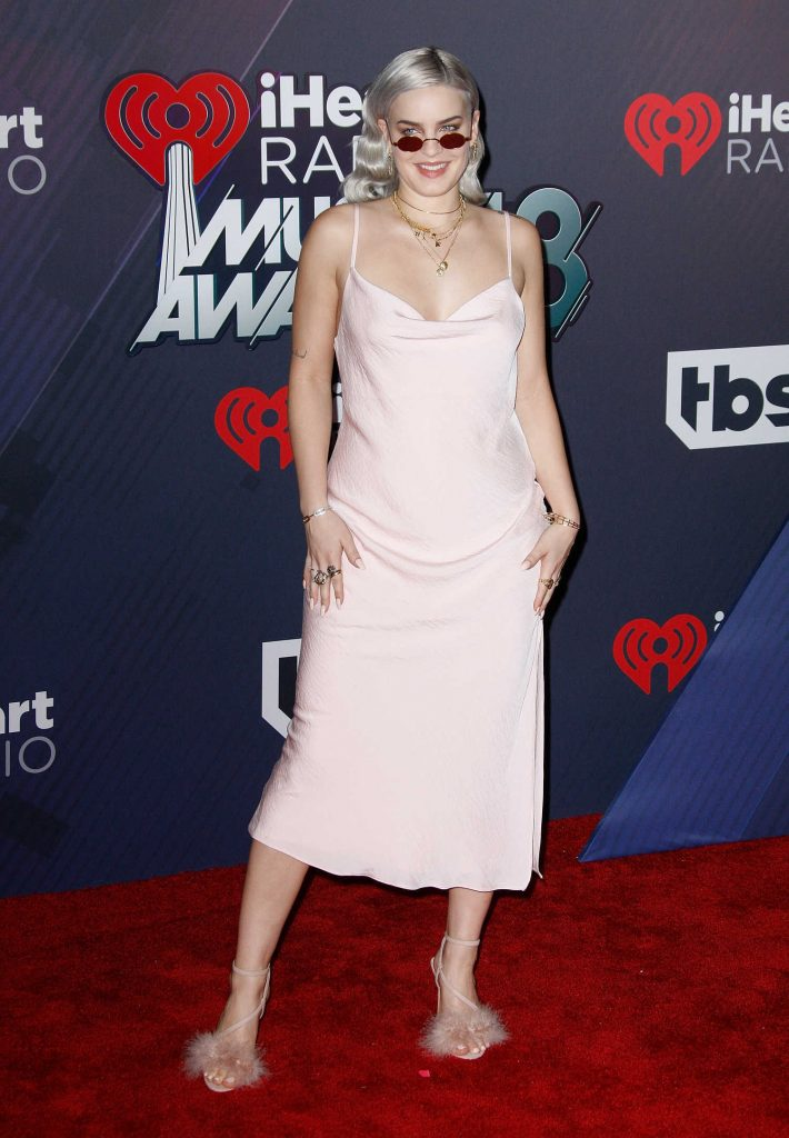 Anne-Marie at 2018 iHeartRadio Music Awards in Inglewood-2