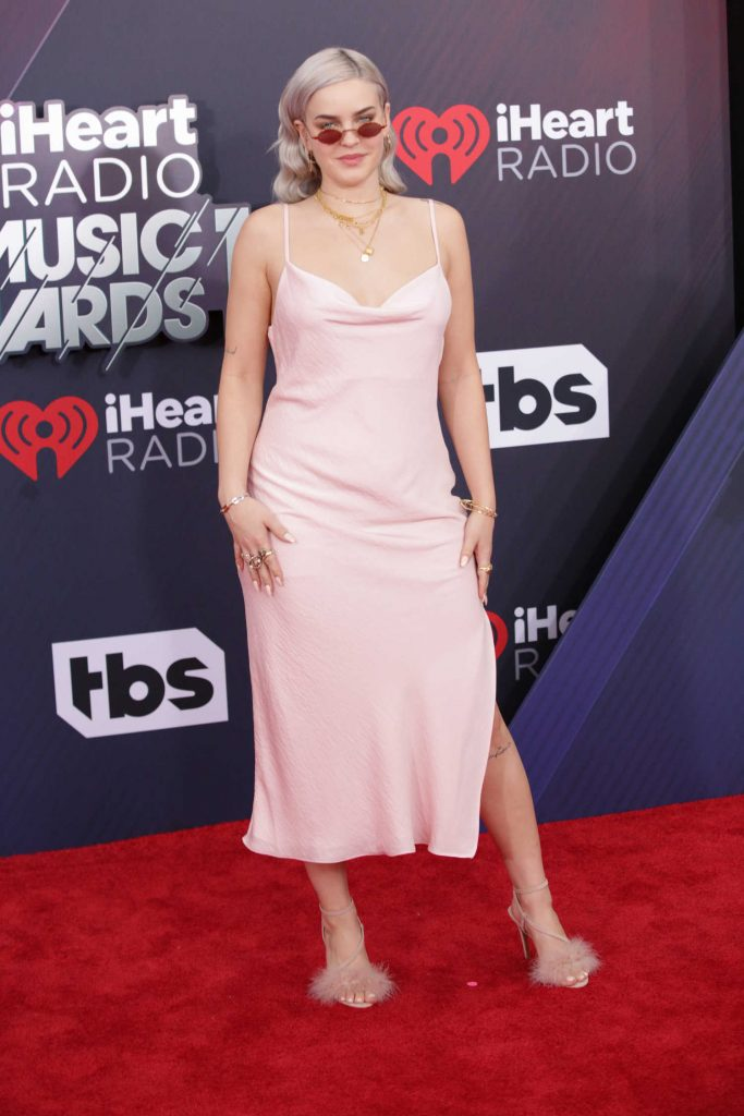 Anne-Marie at 2018 iHeartRadio Music Awards in Inglewood-4