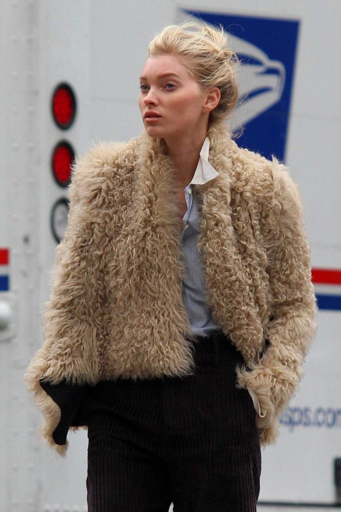 Elsa Hosk Wears a Faux Sheep Fur Jacket Out in Soho, NY-5