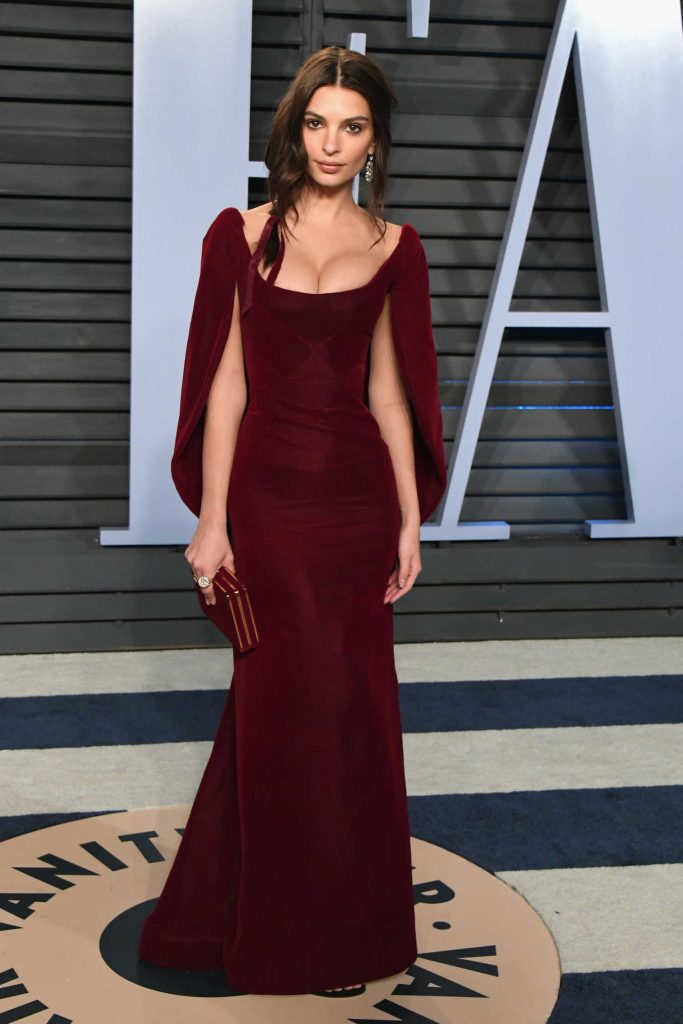 Emily Ratajkowski at 2018 Vanity Fair Oscar Party in Beverly Hills-1