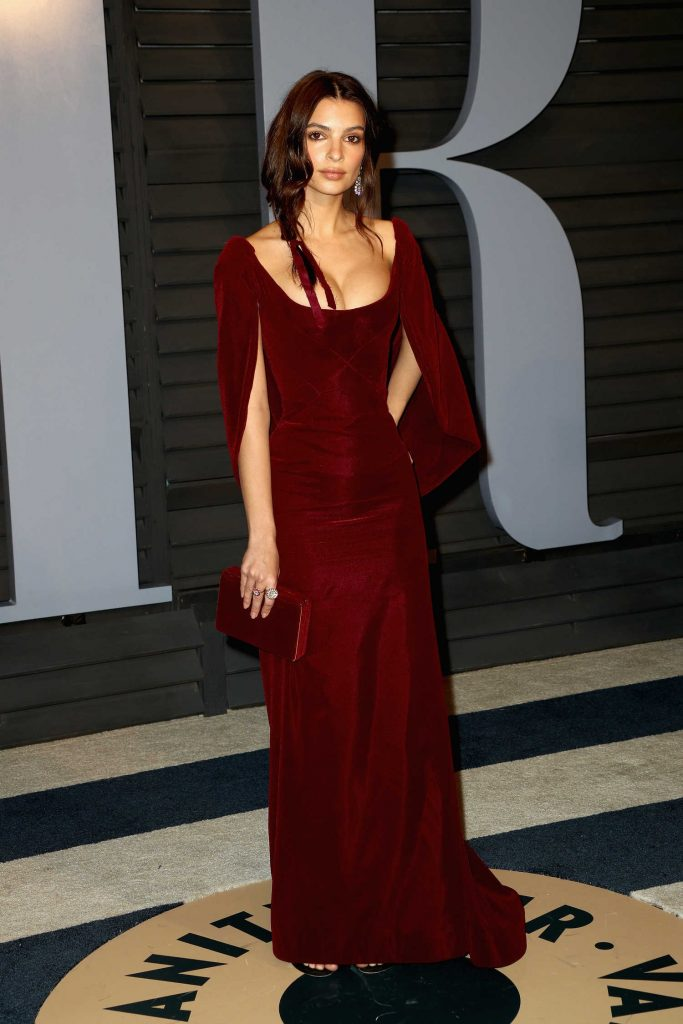 Emily Ratajkowski at 2018 Vanity Fair Oscar Party in Beverly Hills-2
