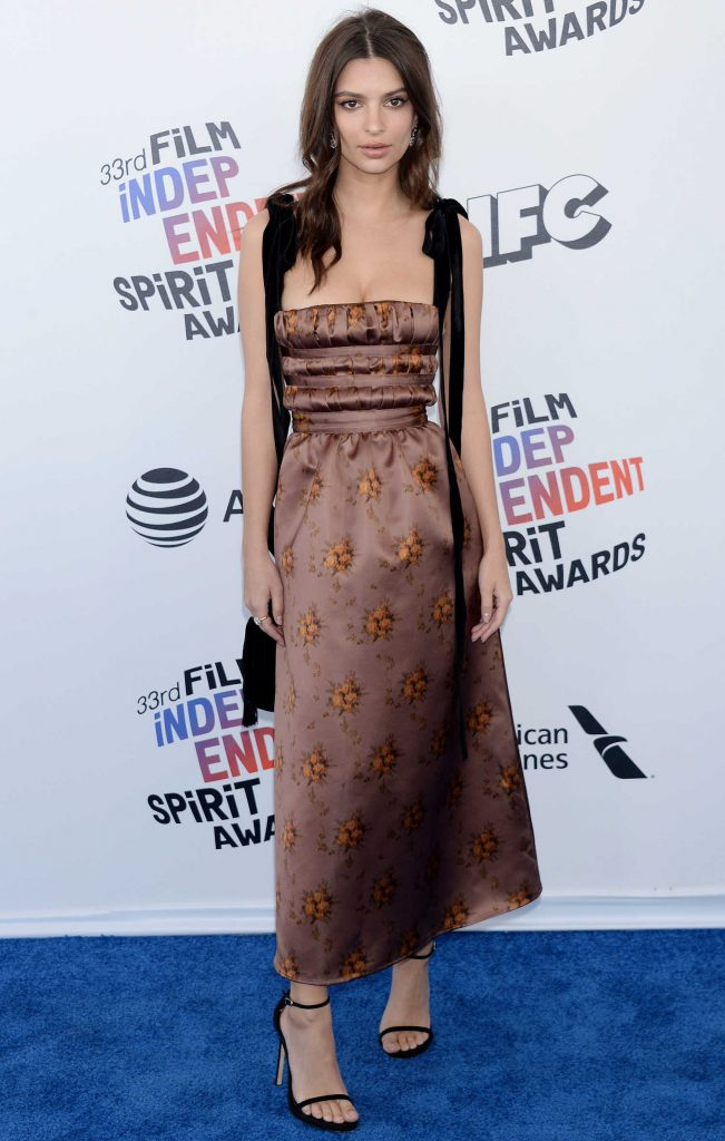 Emily Ratajkowski at the 33rd Film Independent Spirit Awards in Santa Monica-2