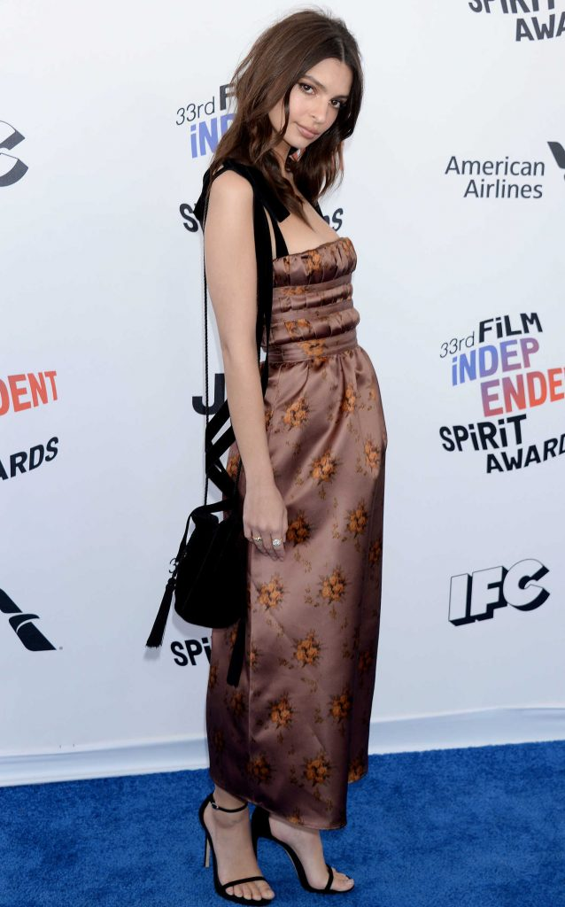 Emily Ratajkowski at the 33rd Film Independent Spirit Awards in Santa Monica-3