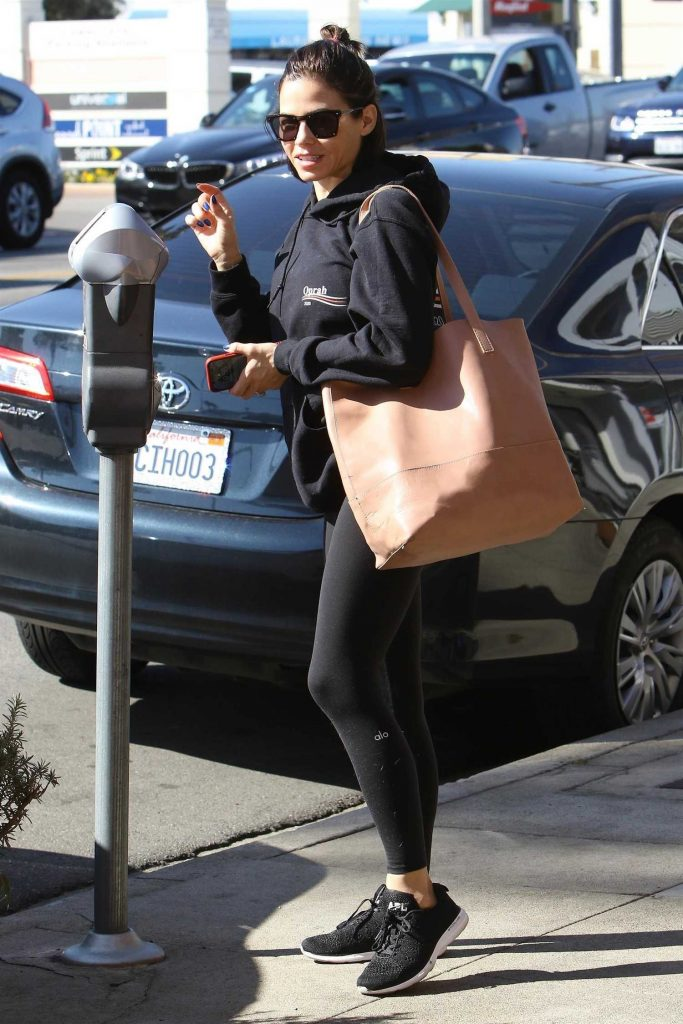 Jenna Dewan Goes Out for a Massage in Studio City-4