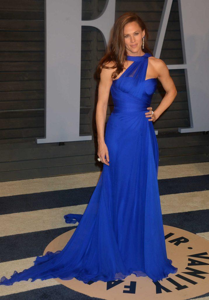 Jennifer Garner at 2018 Vanity Fair Oscar Party in Beverly Hills-1
