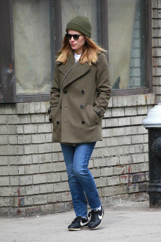 Kate Mara Takes a Stroll in SoHo, New York-2