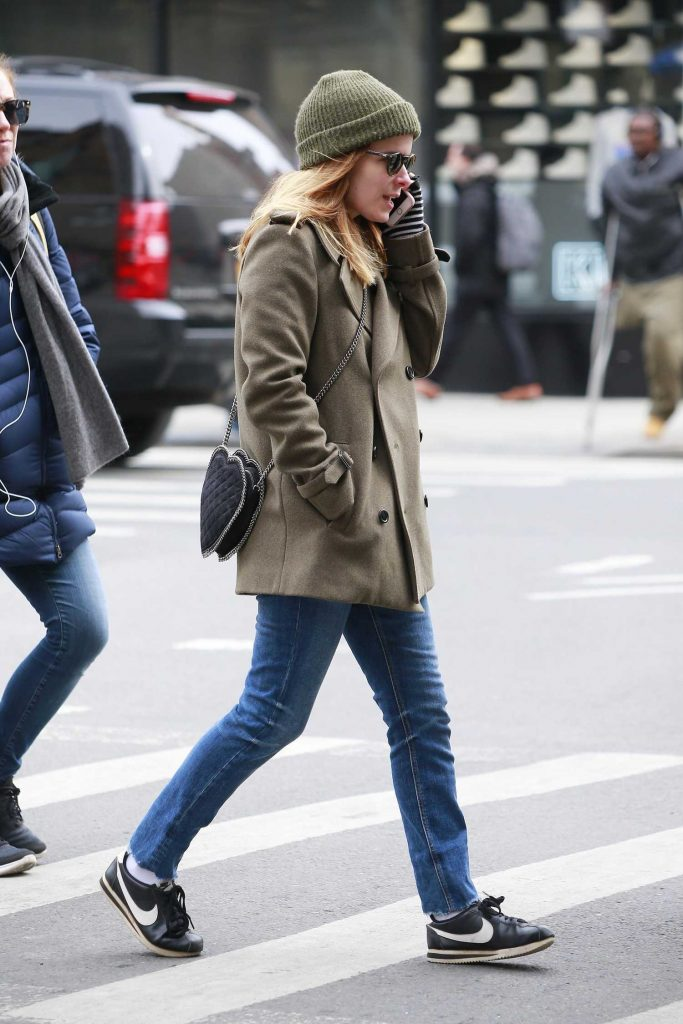 Kate Mara Takes a Stroll in SoHo, New York-3