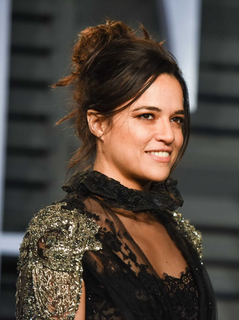 Michelle Rodriguez at 2018 Vanity Fair Oscar Party in Beverly Hills-5