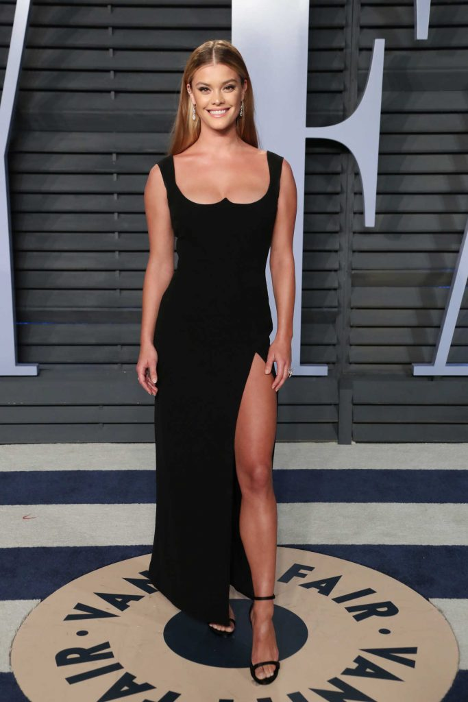 Nina Agdal at 2018 Vanity Fair Oscar Party in Beverly Hills-1