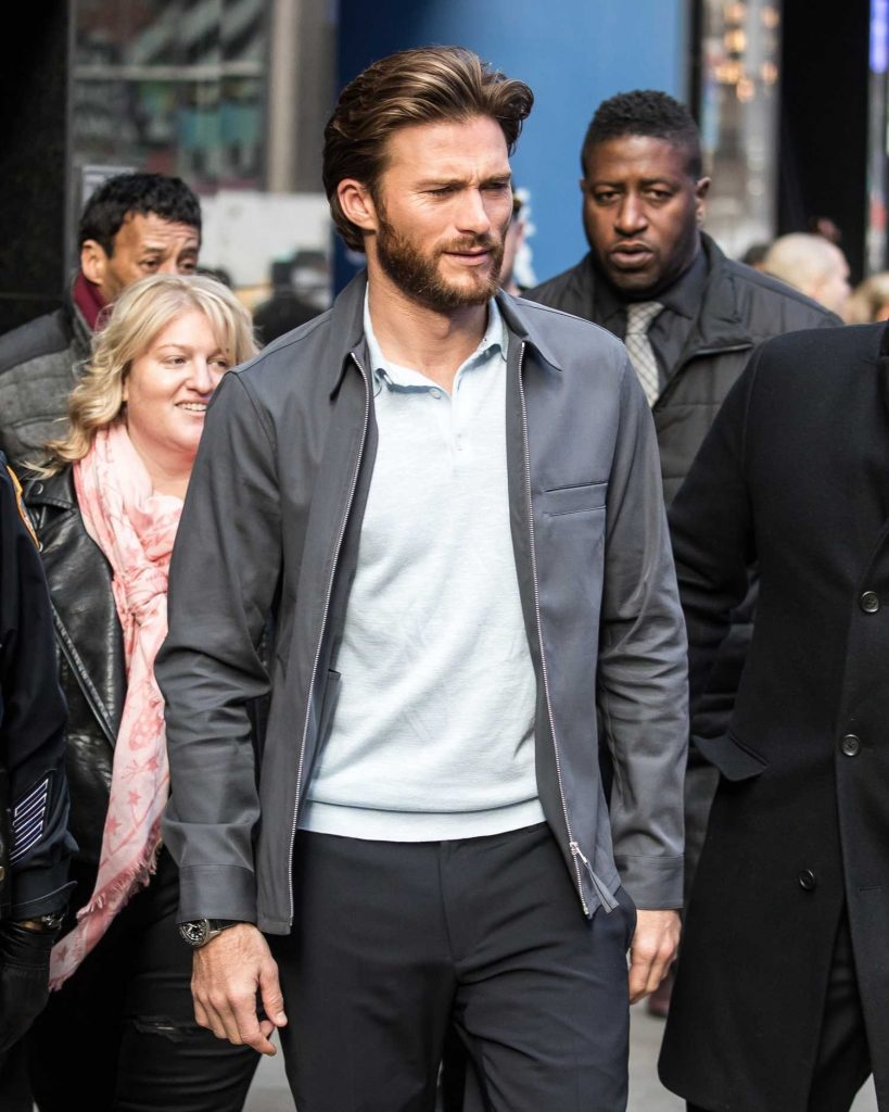 Scott Eastwood Arrives at Good Morning America in Manhattan, NYC-3