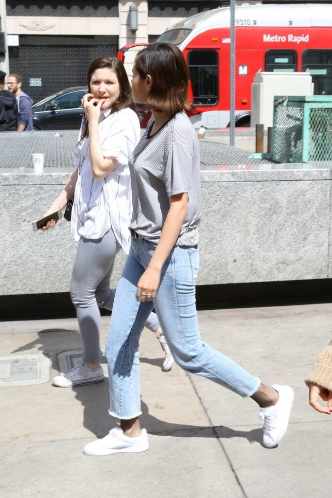 Selena Gomez Arrives at the March for Our Lives in Los Angeles-4