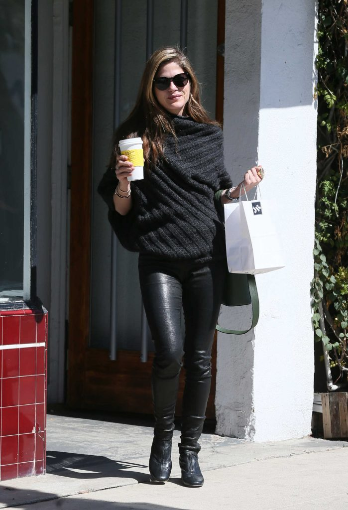 Selma Blair Goes Shopping at Jill Roberts in LA-1