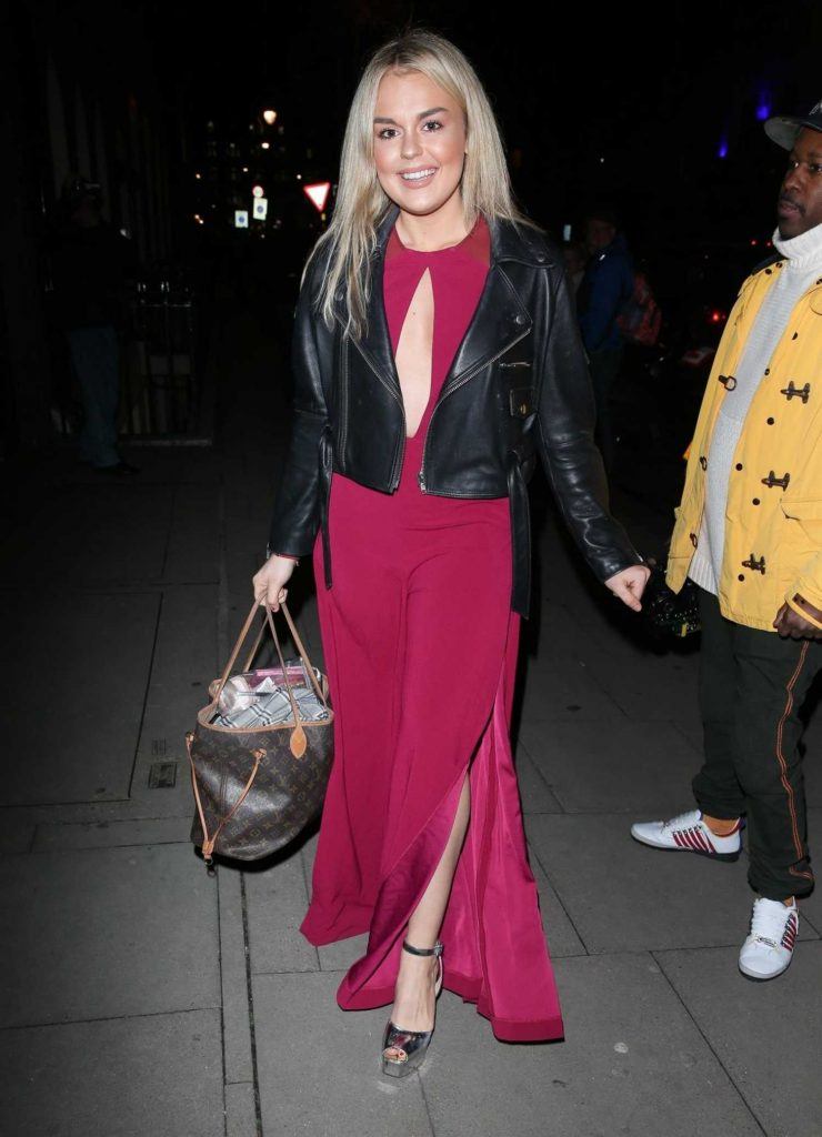 Tallia Storm at the Bardou Foundation Women's Day Gala in London-4