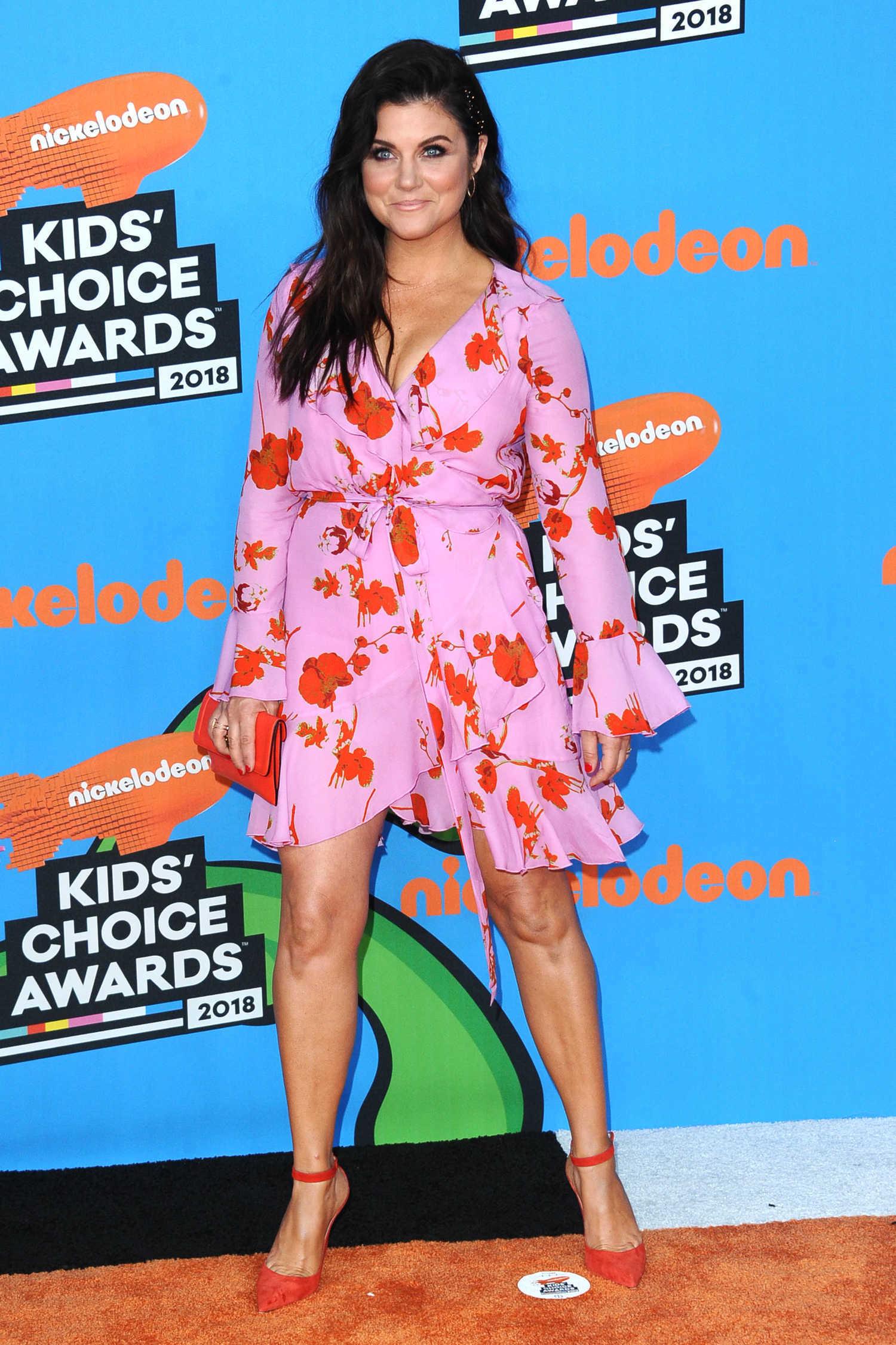 Tiffani Thiessen at 2018 Nickelodeon Kids' Choice Awards ...