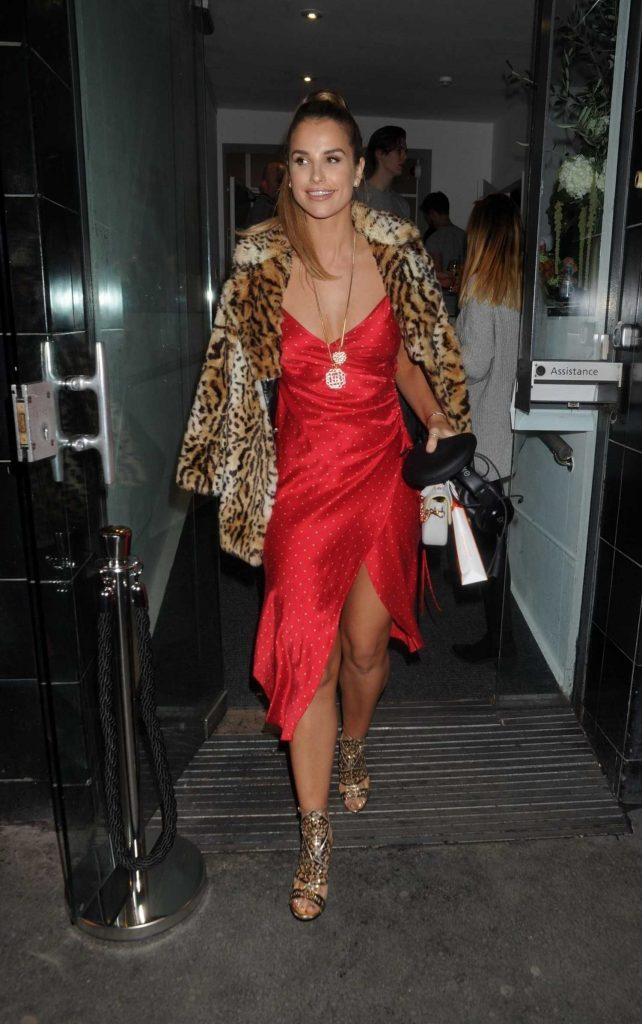 Vogue Williams Arrives at the Folli Follie Event at White Space Gallery in London-3