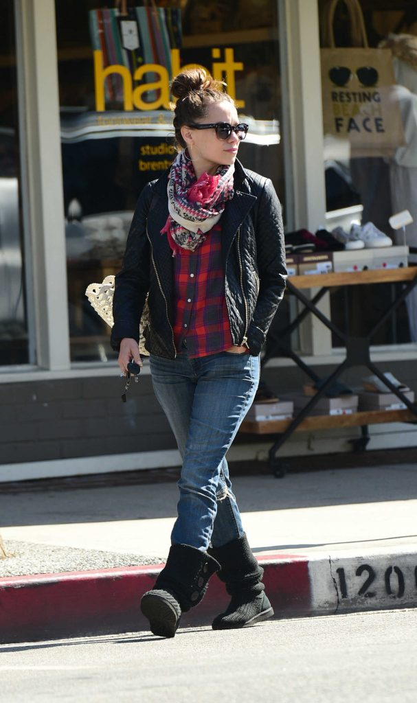 Bethany Joy Lenz Was Seen Out in Los Angeles-2