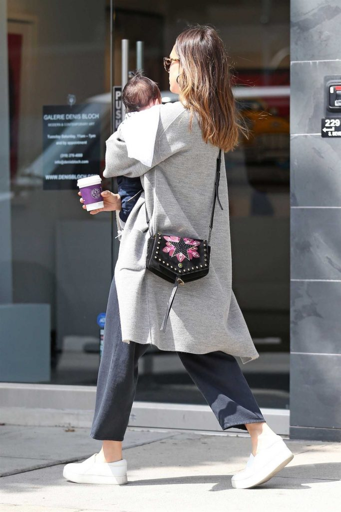 Jessica Alba Goes Shopping in Los Angeles with Her Baby Boy-5