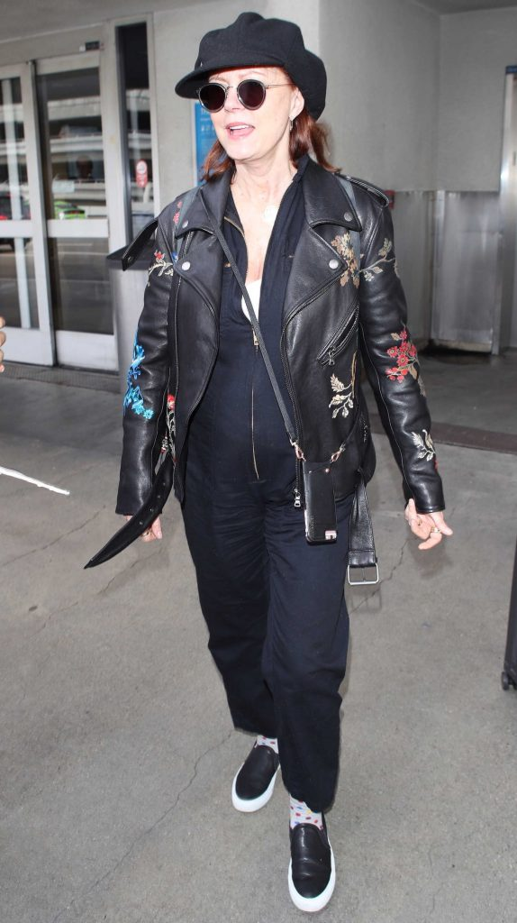 Susan Sarandon Was Spotted at LAX Airport in Los Angeles-1