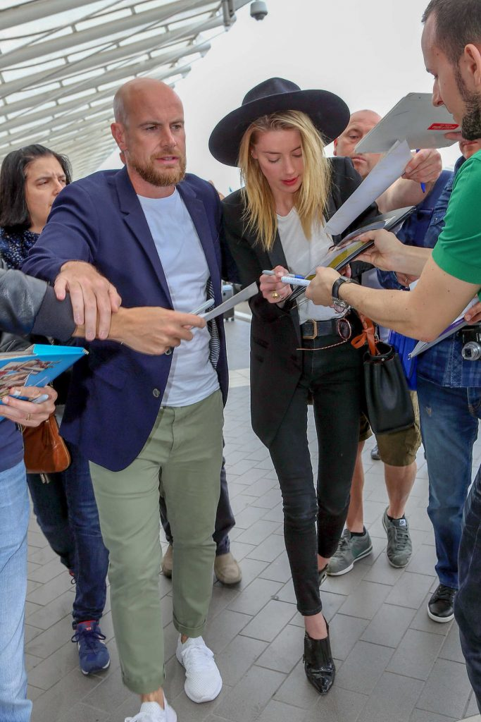 Amber Heard Arrives at Airport in Nice, France-1