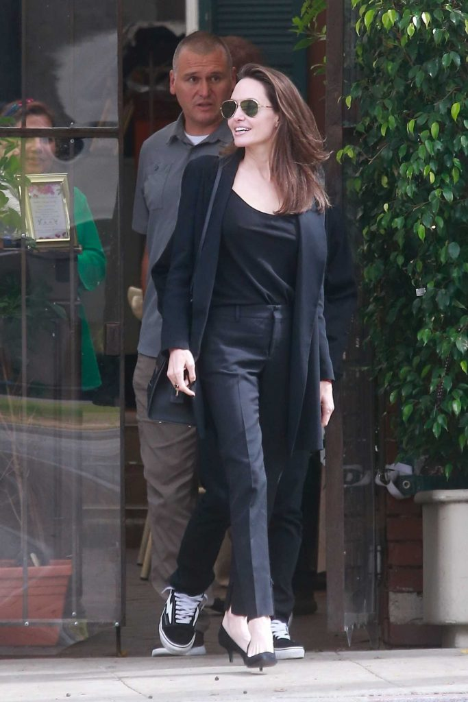 Angelina Jolie Was Seen Out in Beverly Hills-1