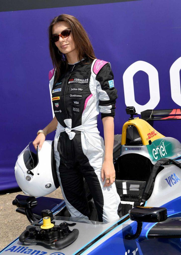 Emily Ratajkowski at 2018 ABB FIA Formula E BMW i Berlin E-Prix-2