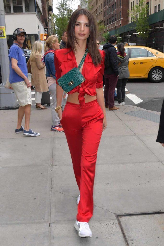 Emily Ratajkowski Returns to The Mark Hotel in New York-2