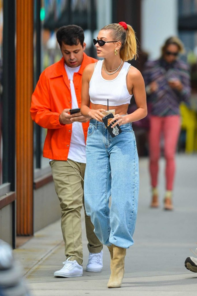 Hailey Baldwin Wears a White Crop Top Out in Soho, NYC-4