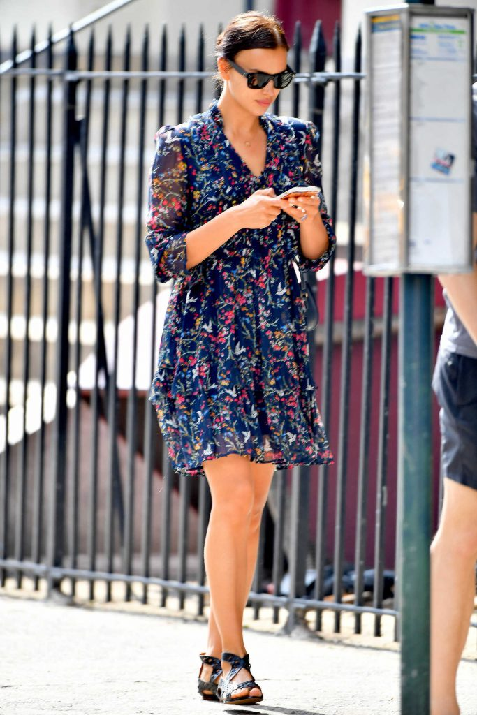 Irina Shayk Was Spotted Out in New York City-4