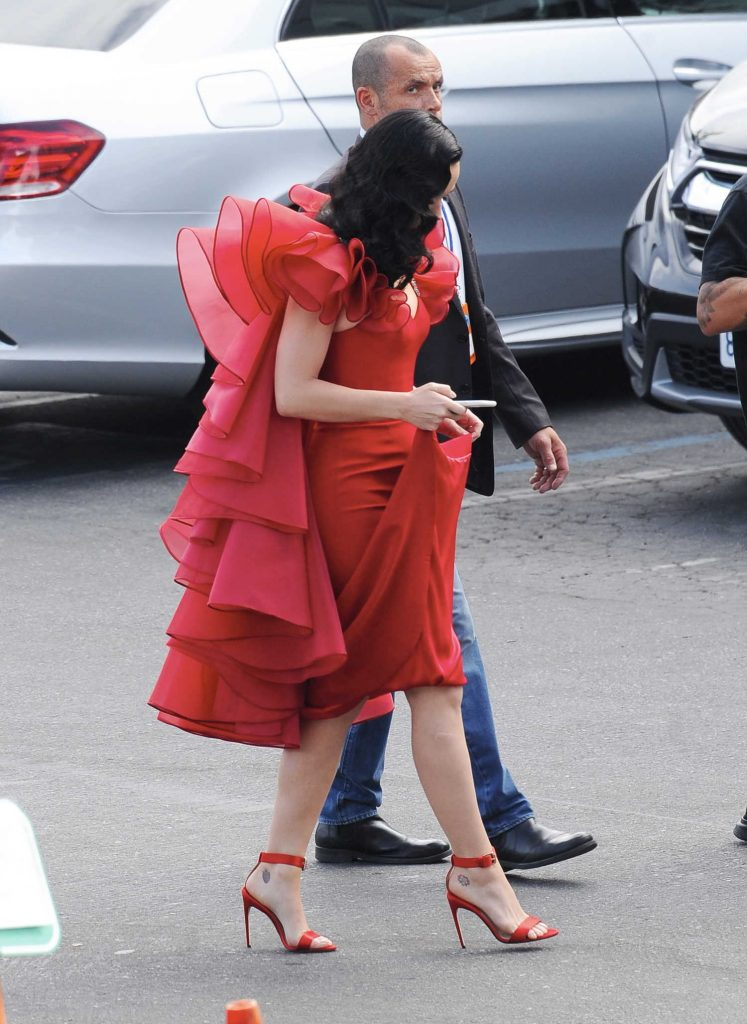 Katy Perry Arrives at the American Idol Live Show in Los Angeles-4