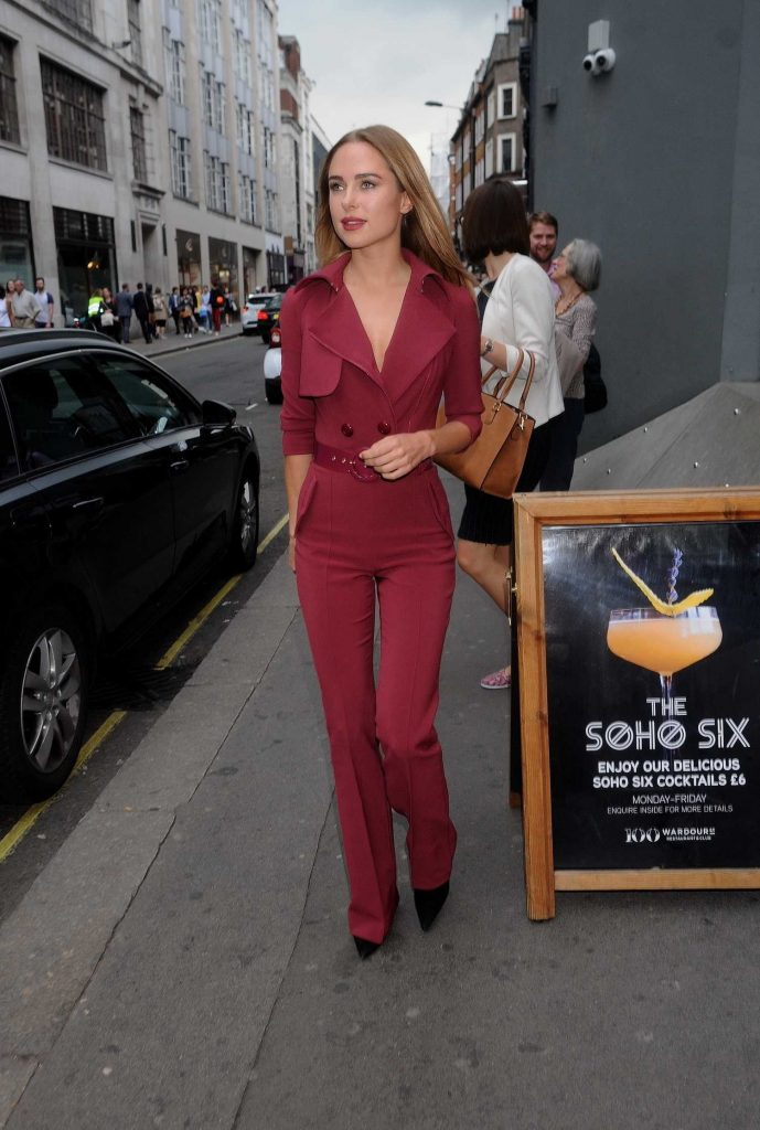 Kimberley Garner Was Spotted Out in London-2