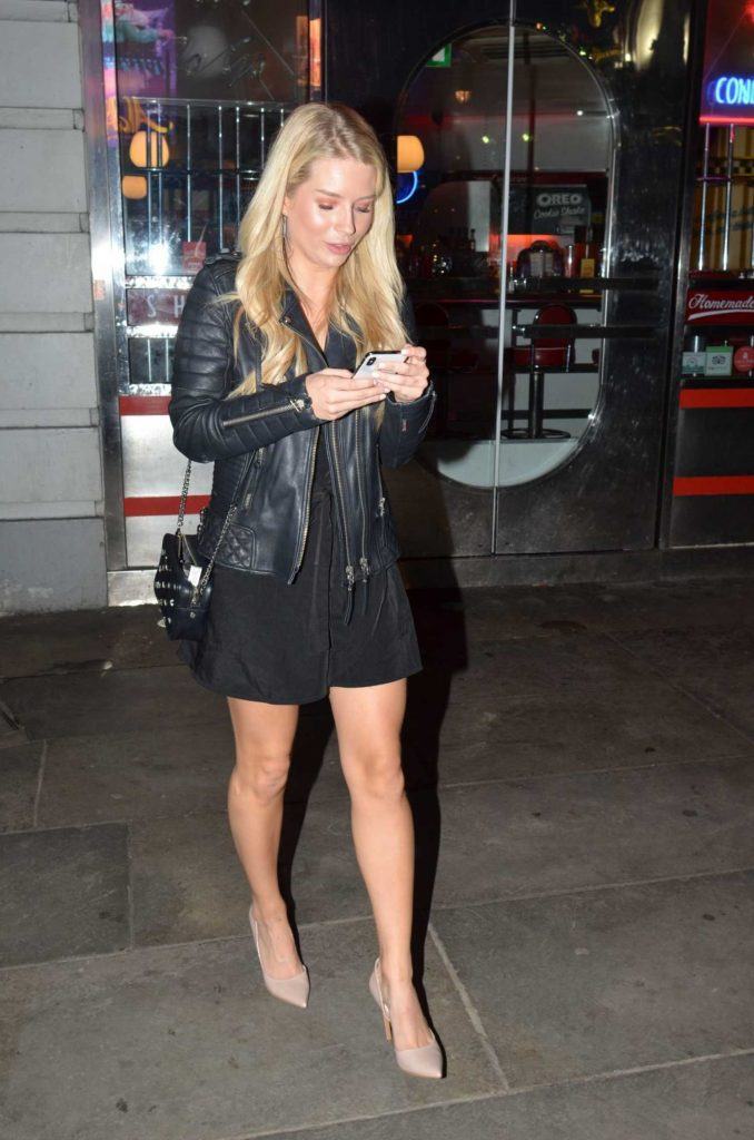 Lottie Moss Was Spotted After a Night Out in London-1