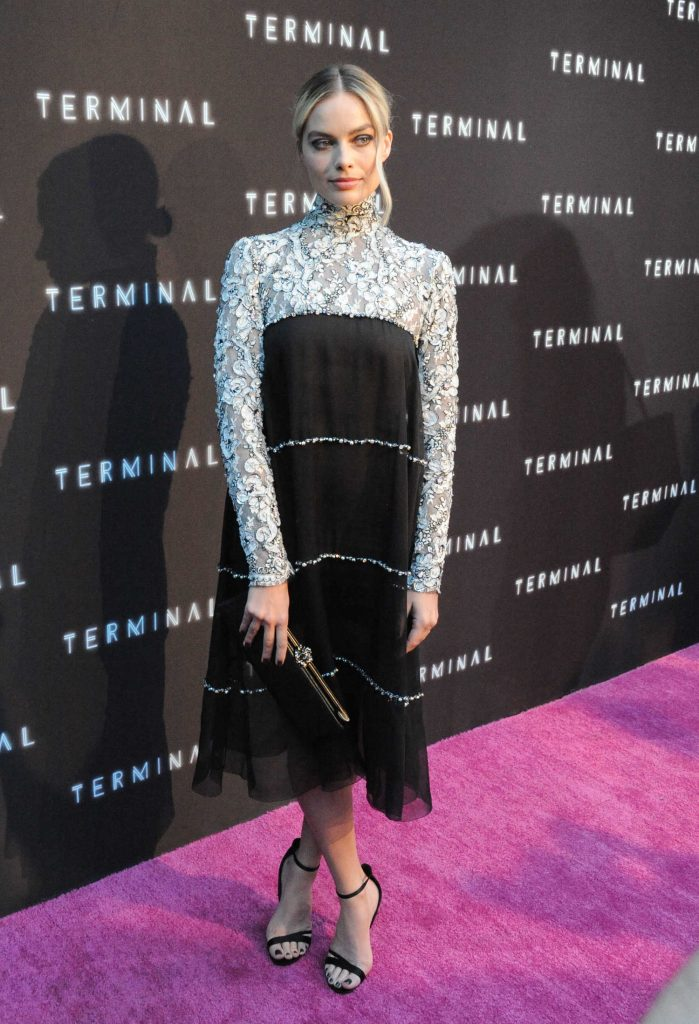 Margot Robbie at the Terminale Premiere in Hollywood-2