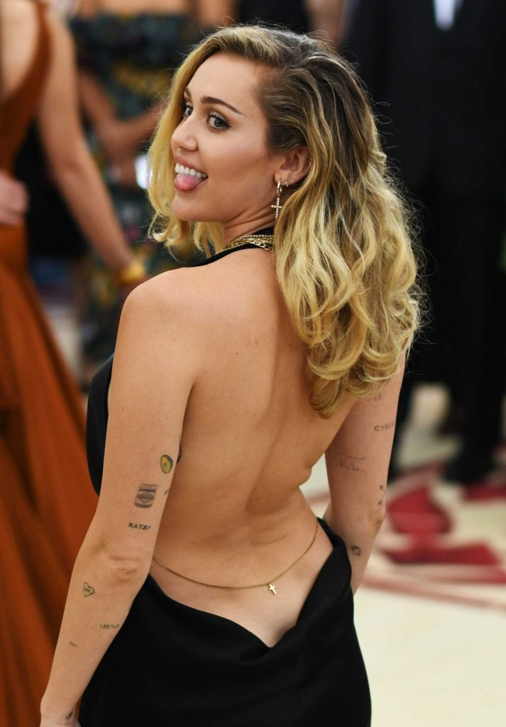 Miley Cyrus at 2018 Heavenly Bodies: Fashion and The Catholic Imagination Costume Institute Gala in New York City-4