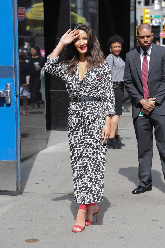 Olivia Munn Arrives at Good Morning America Show in New York City-2