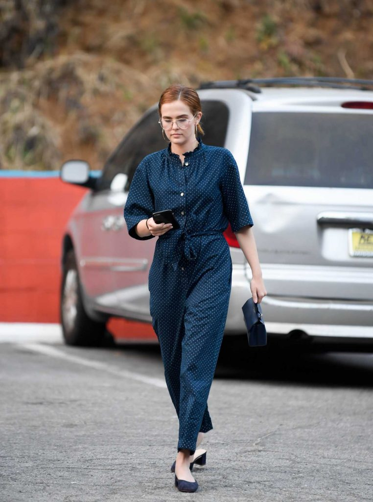Zoey Deutch Was Seen Out in West Hollywood-2