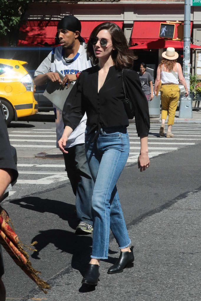 Alison Brie Steps Out in New York-2