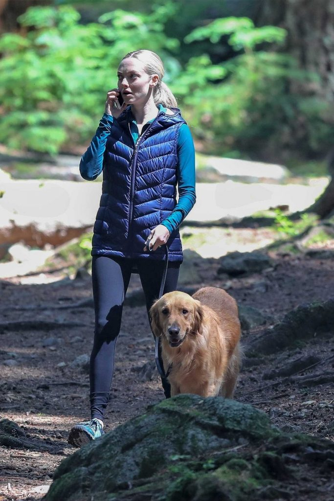 Amanda Seyfried on the set of The Art of Racing in the Rain in Vancouver-2