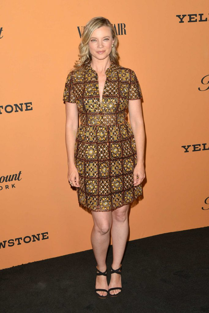 Amy Smart at Yellowstone TV Show Premiere in Los Angeles-1