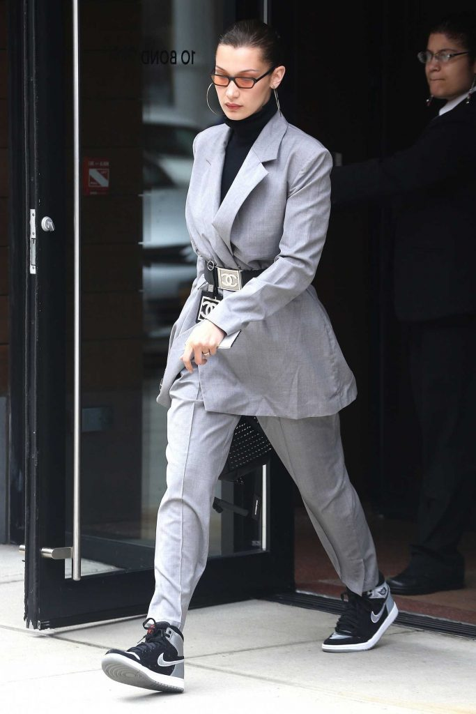 Bella Hadid Leaves Her Apartment in New York City-2