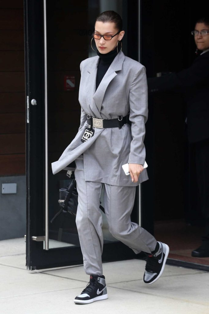 Bella Hadid Leaves Her Apartment in New York City-3