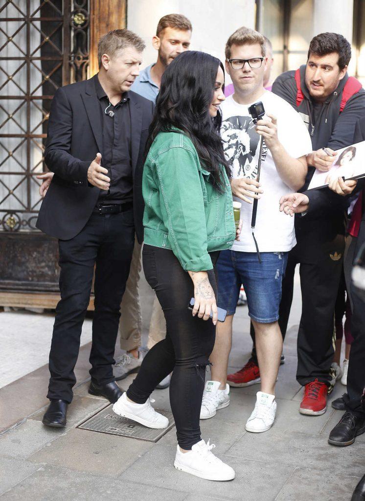 Demi Lovato Leaves Her Hotel in Barcelona-4