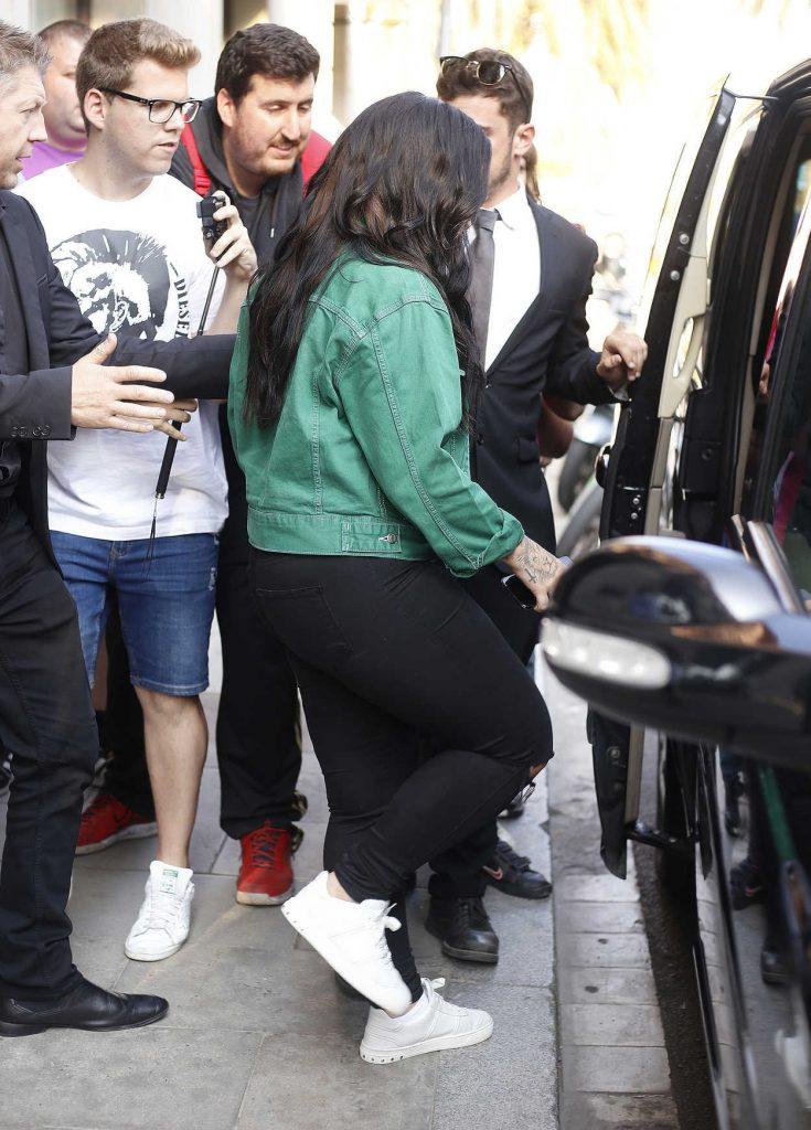 Demi Lovato Leaves Her Hotel in Barcelona-5